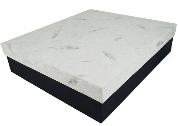 Picture of Archiva Handmade Large Matching Album Box White