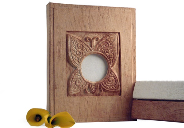 Picture of Butterfly Handmade 4 Hole A4 Ring Binder Natural Bark