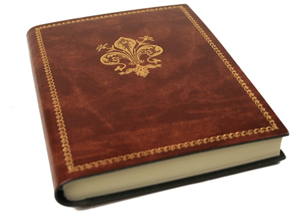 Picture of Giglio Handmade Recycled Leather Bound A6 Journal Chestnut Gold Plain