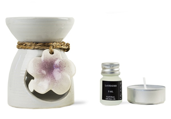 Picture of Lilly Lavender Gift Set Oil Burner White