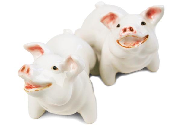 Picture of Pig Handmade Mini Cruet Set White