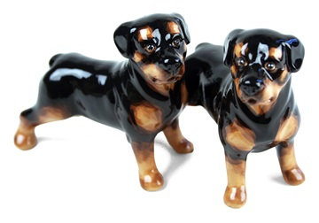 Picture of Rottweiler Handmade Mini Cruet Set Black