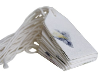 Picture of Scrappy Do Handmade Medium Gift Tag Mixed Petal