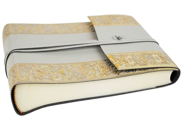 Picture of Angelus Handmade Italian Recycled Leather Wrap Small Photo Album