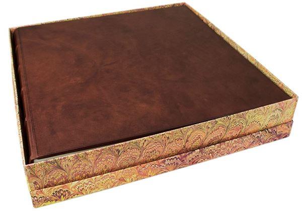 Picture of Chianti Handmade Italian Leather Bound Extra Large Photo Album
