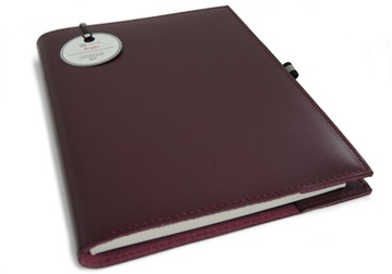 Picture of Acuto Handmade Italian Leather Bound A5 Refillable Journal Burgundy Plain