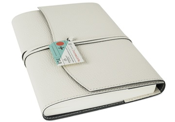 Picture of Journalista Handmade Recycled Leather A5 Refillable Journal Cream Plain