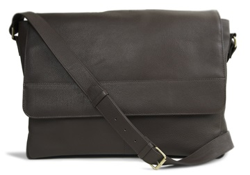 Picture of Wayfarer Handmade Leather Messenger Bag Large Chocolate