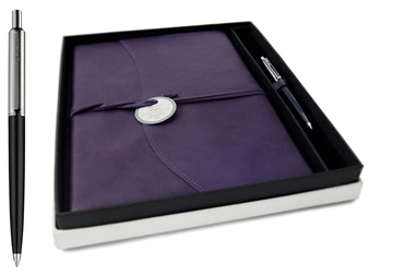 Picture of Capri Handmade Italian Leather Wrap A4 Refillable Journal Aubergine Plain Gift Set