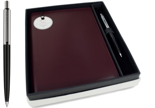 Picture of Acuto Handmade Italian Leather Bound A5 Refillable Journal Burgundy Plain Gift Set
