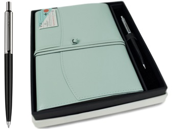 Picture of Journalista Handmade Recycled Leather A5 Refillable Journal Turquoise Plain