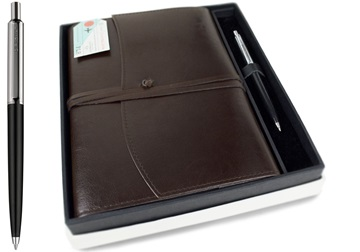 Picture of Journalista Handmade Recycled Leather A5 Refillable Journal Chocolate Plain Gift Set