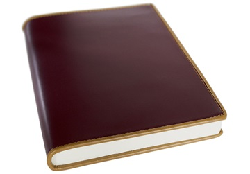 Picture of Cortona Handmade Italian Leather Bound A5 Refillable Journal Burgundy Plain
