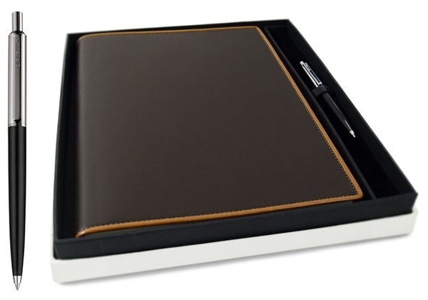 Picture of Cortona Handmade Italian Leather Bound A4 Journal Chocolate Plain