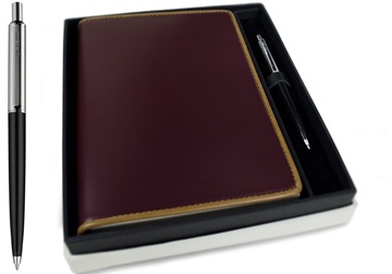 Picture of Cortona Handmade Italian Leather Bound A5 Refillable Journal Burgundy Plain Gift Set