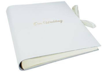 Picture of Puro Handmade Italian Leather Bound Medium Wedding Photo Album White